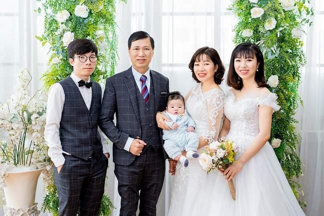 chụp ảnh gia đình 5 người