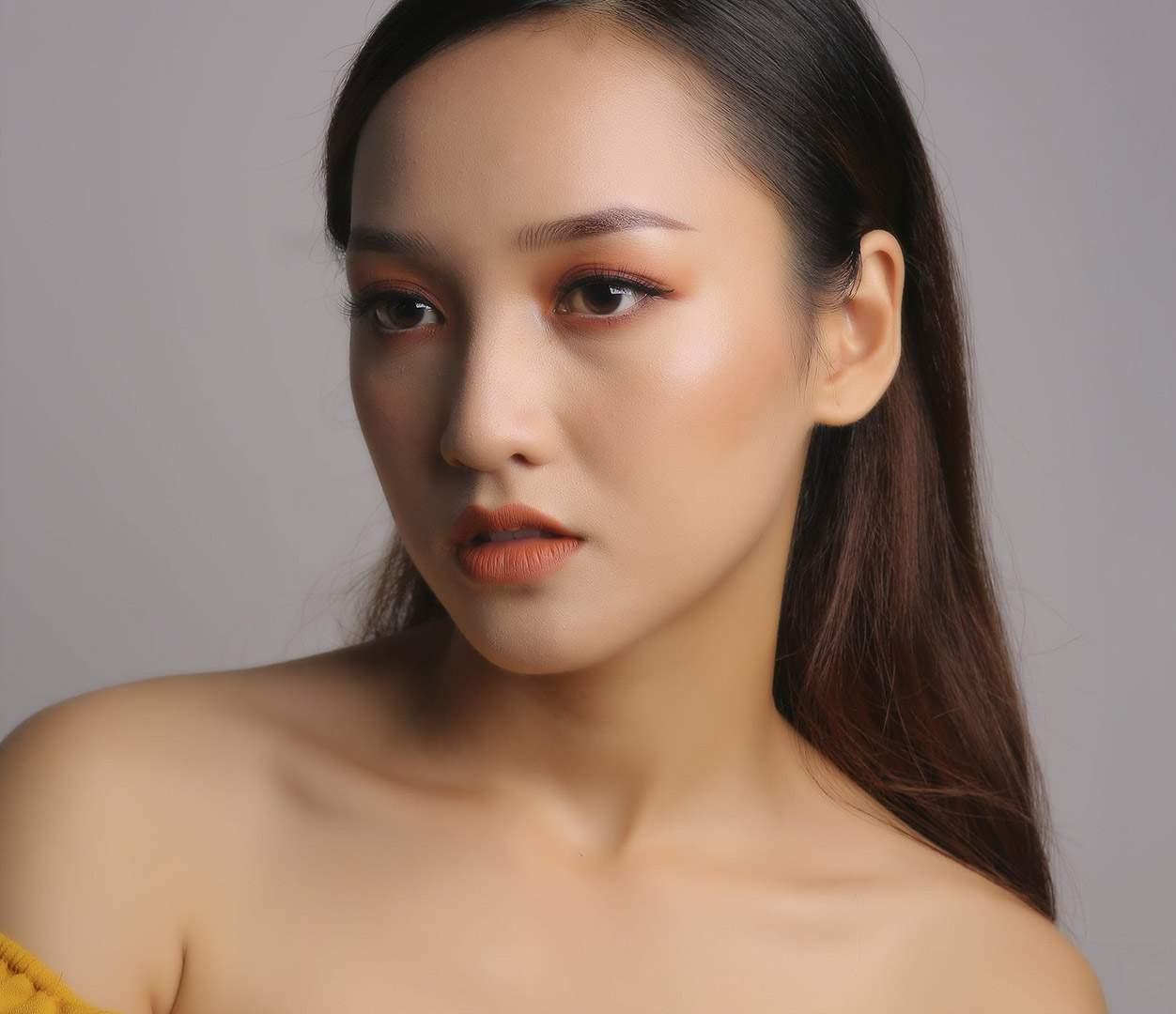 Mẫu makeup art chuyên nghiệp tại TPHCM